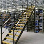 Scari industriale de acces